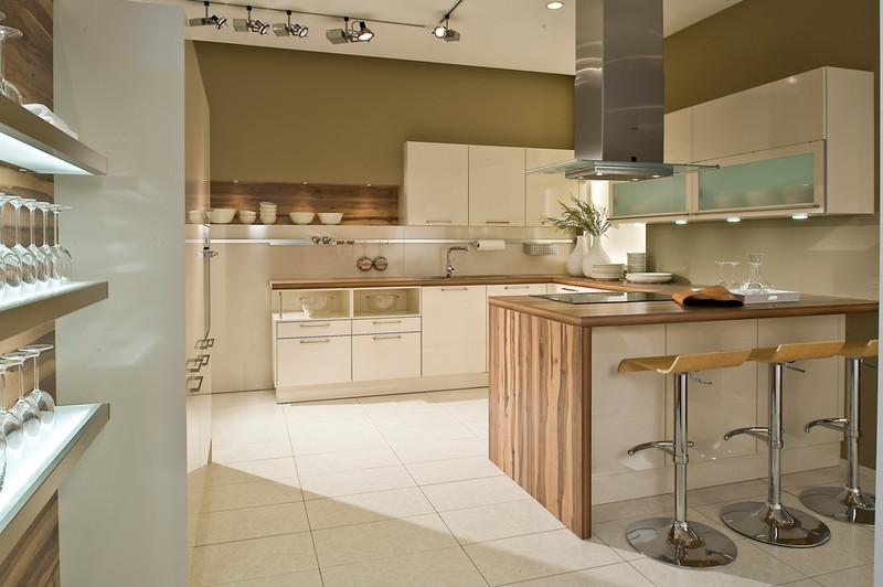 Cuisine quip e sur mesure cuisine design traditionnelle for Cuisine equipee classique