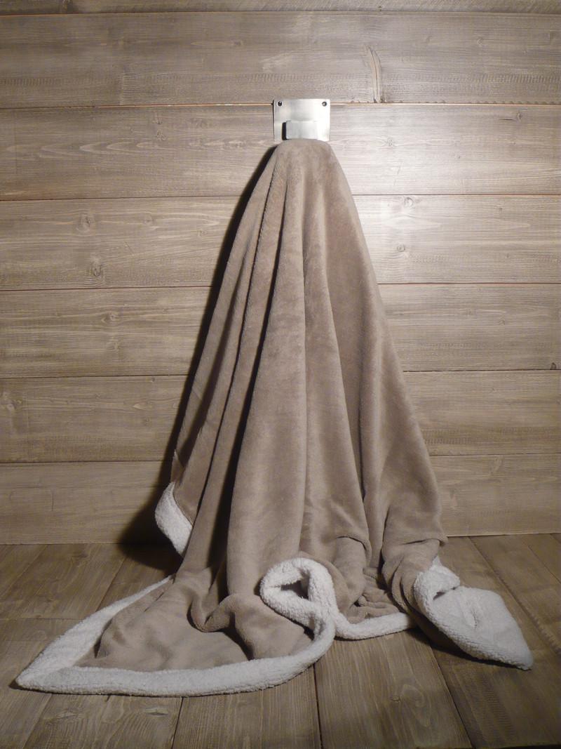 plaid polaire velours 130x150 bicolore de jadis a demain. Black Bedroom Furniture Sets. Home Design Ideas