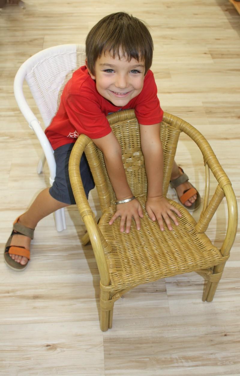 chaise enfant en rotin. Black Bedroom Furniture Sets. Home Design Ideas